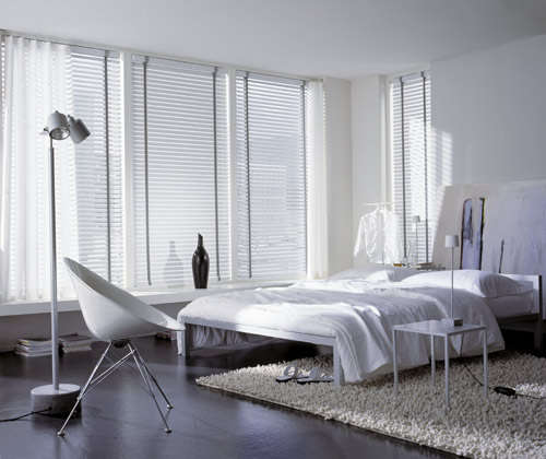 bedroom controliss blinds news. Black Bedroom Furniture Sets. Home Design Ideas